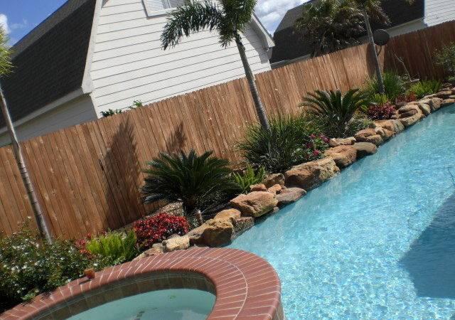 Simple Landscaping Ideas Around Pool Design