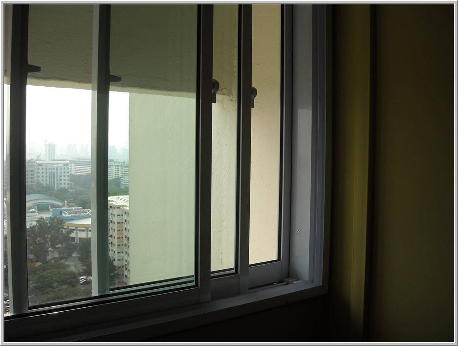 Sliding Windows Singapore Grillesnglass