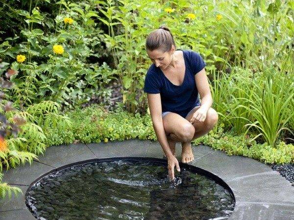 Small Yet Adorable Backyard Pond Ideas Your