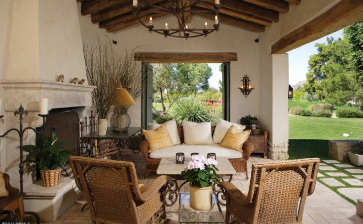 Spanish Colonial Style Patio