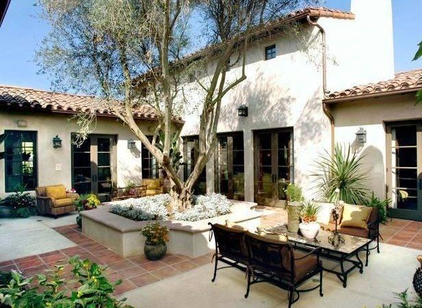 Spanish Style Courtyard Patio Hgtvremodels Outdoors