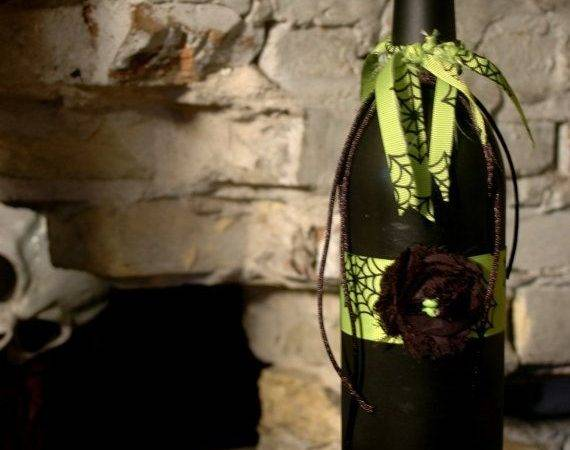 Spiderweb Ribbon Black Bottle Pineknobsandcrickets