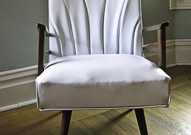 Spray Painting Furniture Vinyl Chair Painted