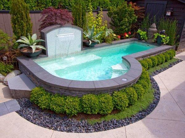 Spruce Your Small Backyard Swimming Pool Design Ideas