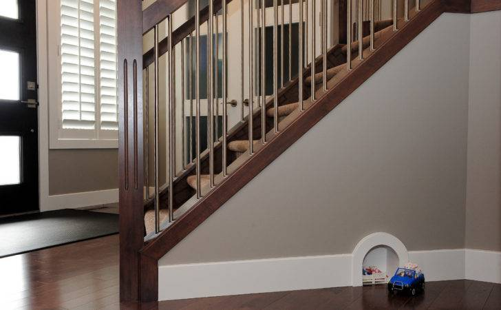 Stainless Steel Balusters Contemporary Baseboard Beige