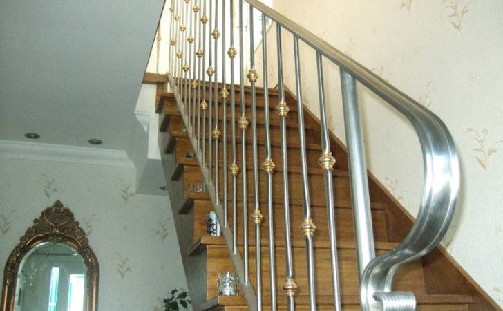 Stainless Steel Staircase Railings Suppliers Maharashtra