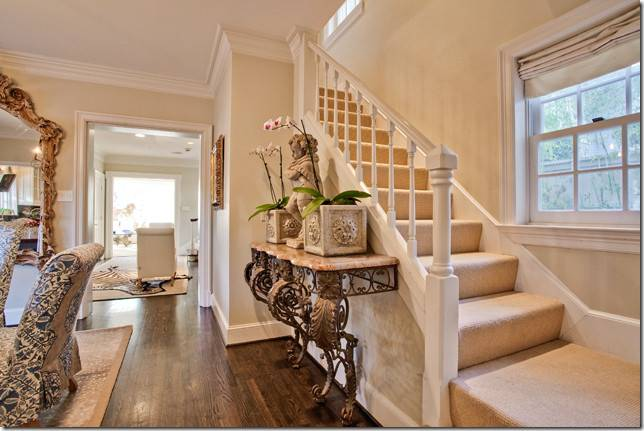 Stair Landing Decorating Ideas Walls Find
