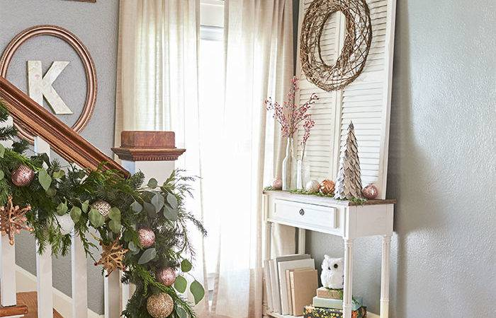 Stair Landing White Console Table Decorative Shutter Twine