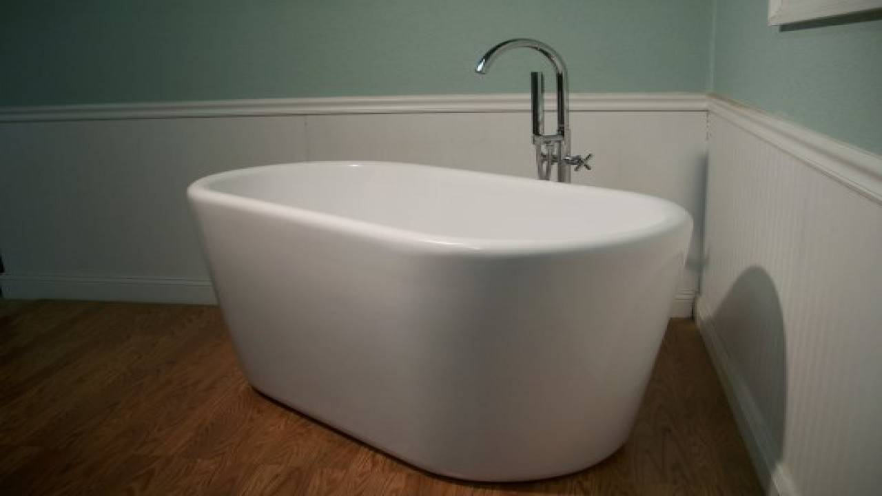 Standing Soaking Tub Small Deep Tubs