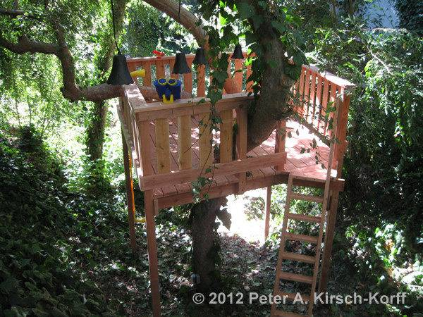 Standing Tree House Plans Wood