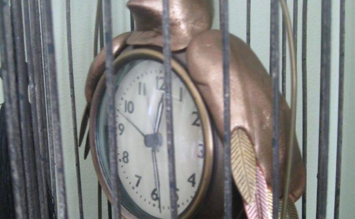 Steampunk Bedroom Bird Clock