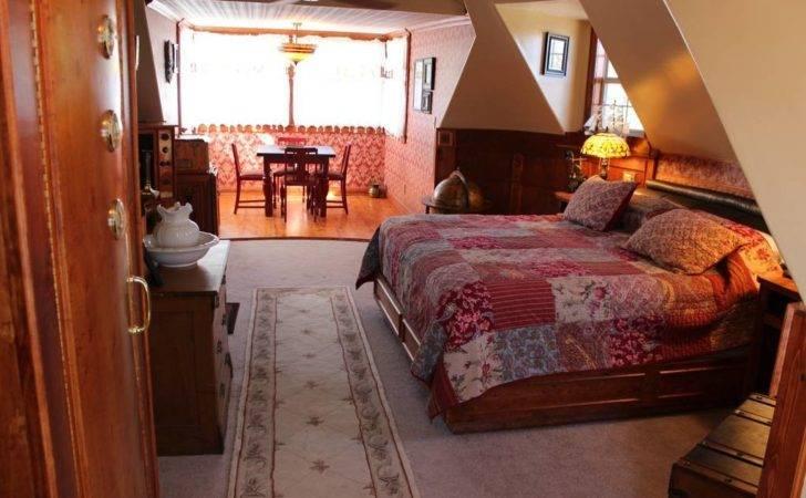 Steampunk Room Book Nook Inn Bed Breakfasts Rent