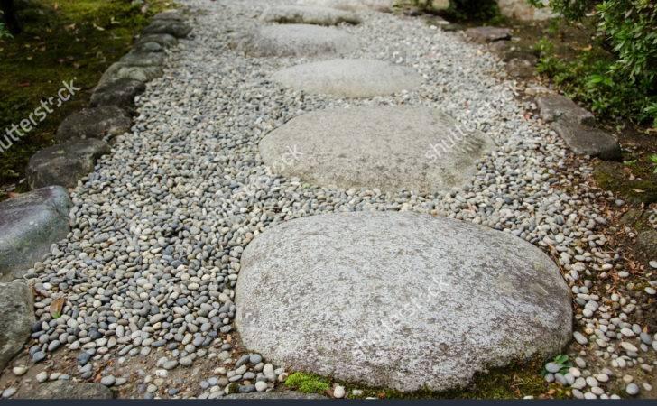 Stepping Stones Gravel Japanese Garden