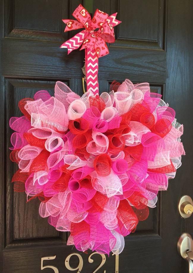 Striking Wreath Ideas Valentine Day