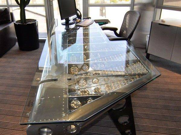 Stylish Industrial Desks Your Office Digsdigs