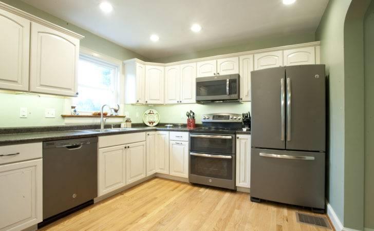 Stylish Way Slate Kitchens Appliances Pressroom