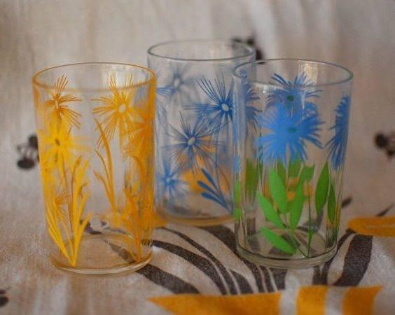 Swanky Swigs Vintage Glassware Kraft Juice Glasses Retro Kitchen