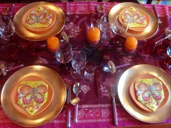 Table Decoration Ideas Golden Orange Pink Purple Color