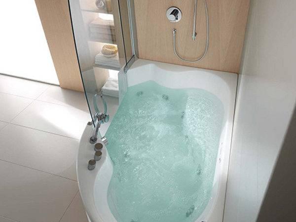 Teuco Corner Whirlpool Shower Integrates Bathtub