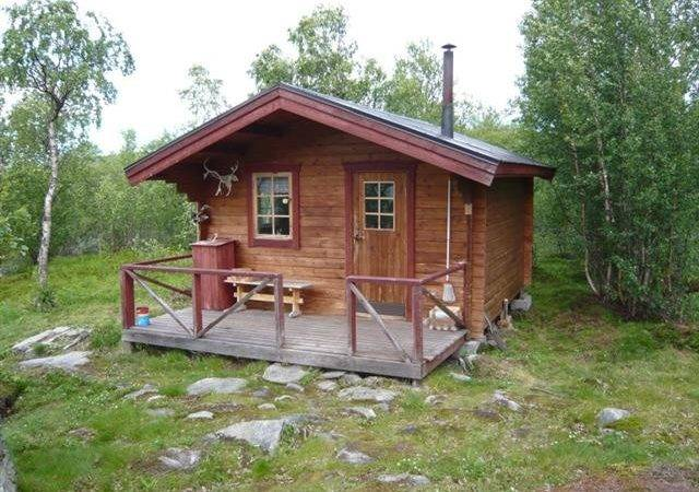 There Four Cabins Which Can Hold People