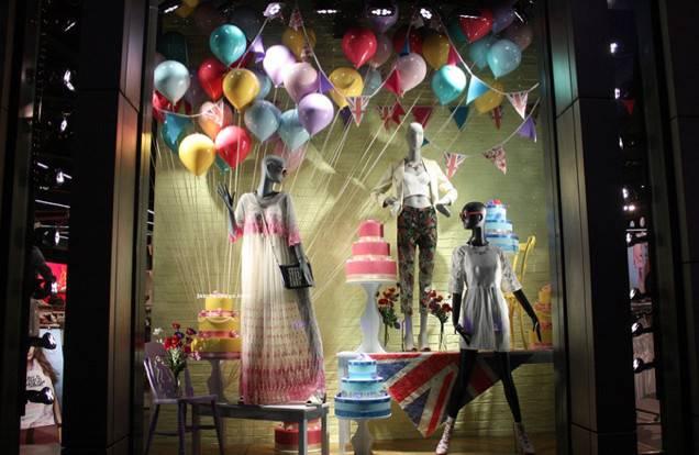 Through Shop Window Ideas First Display