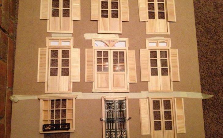 Top Portion Dollhouse Broken Two Places