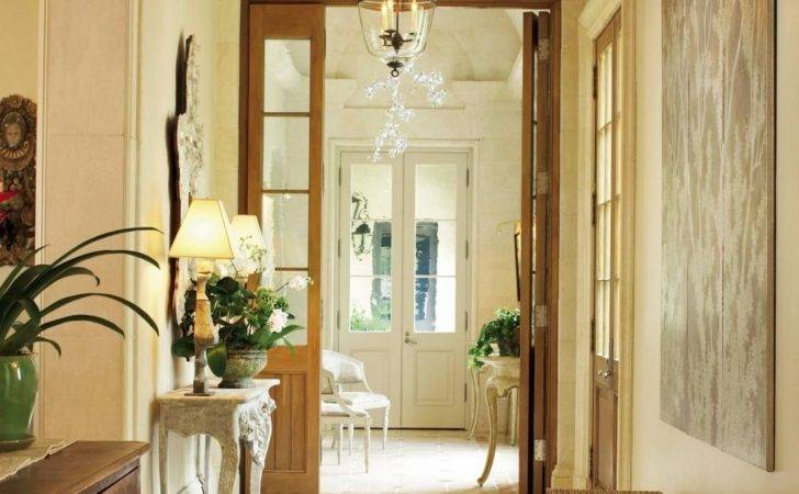 Traditional Entrance Hall Ann Holden