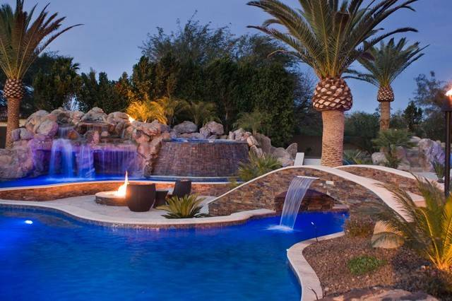 Tropical Pool Fire Features