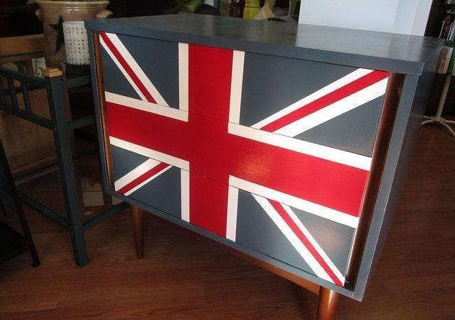 Union Jack Dresser Decor Adventures Via Flickr