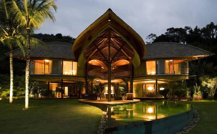 Unusual Tropical House Design Leaf Brazil Digsdigs