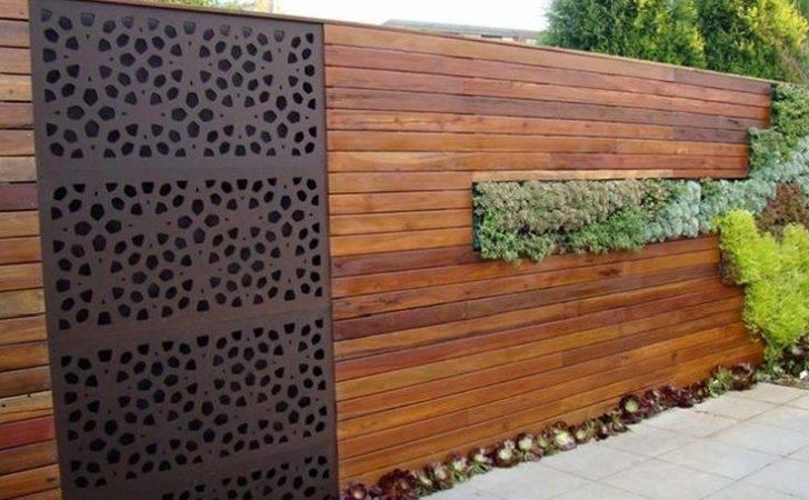Veriscape Horizontal Wood Fence Metal Screen Insert Vertical Garden