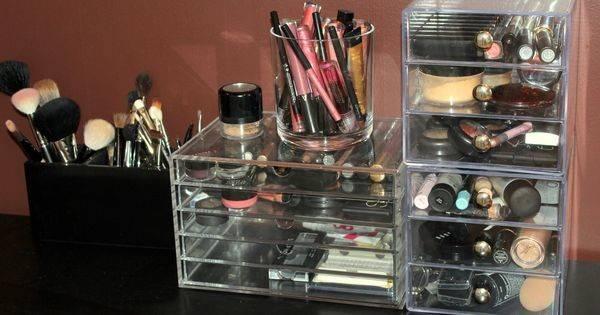 Version Famous Kardashian Acrylic Makeup Drawers