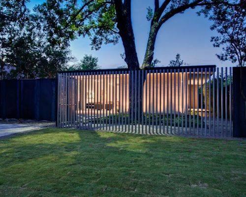 Vertical Slat Fence Home Design Ideas Renovations Photos