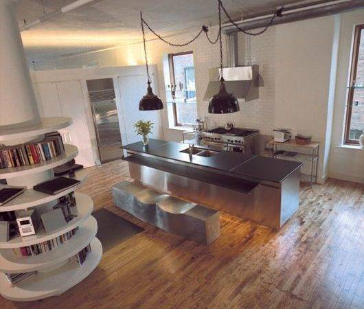 Warehouse Living Shelving Around Column Great Idea