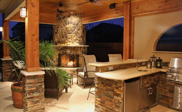 Warming Summer Kitchen Decor Idea Stone Fireplace