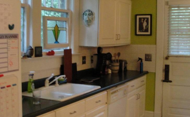 White Kitchen Cabinets Green Walls