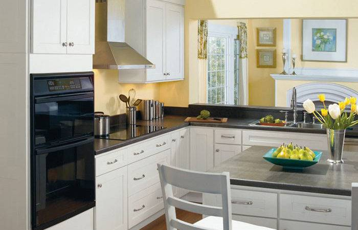 White Shaker Kitchen Cabinets Nice Design Home Ideas