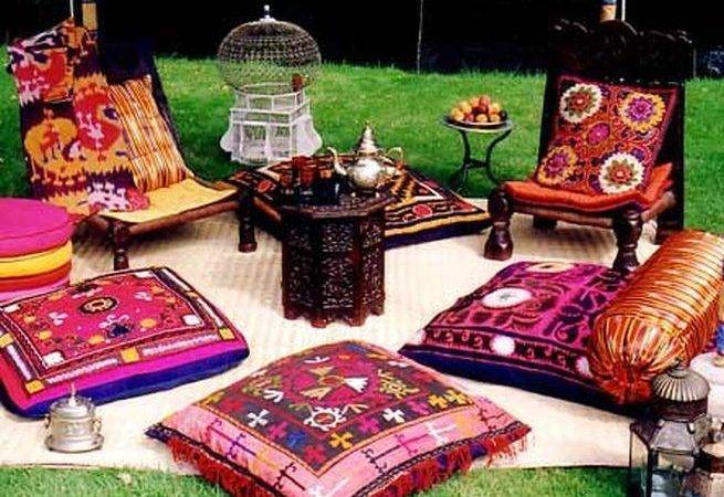 Why Moroccan Floor Pillows Different